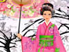 Kimono Girl vs Cherry Blossom: You may have known or heard about Kimonos - the traditional dresses for Japanese women. It shows the beauty of Asian girls with their secretive and gentleness. In this game, there's a beautiful Japanese girl standing in so wonderful cherry blossom garden - another feature of Japan culture.